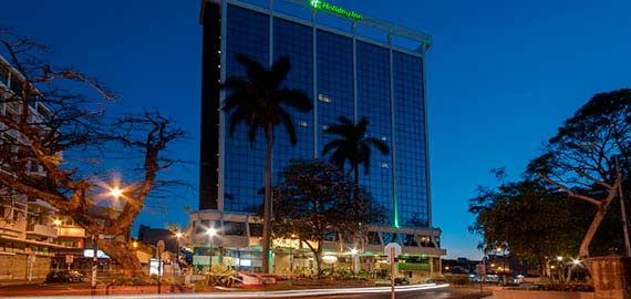 Holiday-Inn-San-José-Aurola